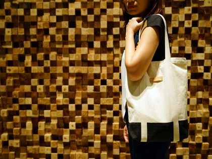 Free Gift when shopping online with us
